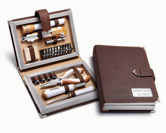 11 Classy Gifts For Your Groomsmen The Gentlemanual
