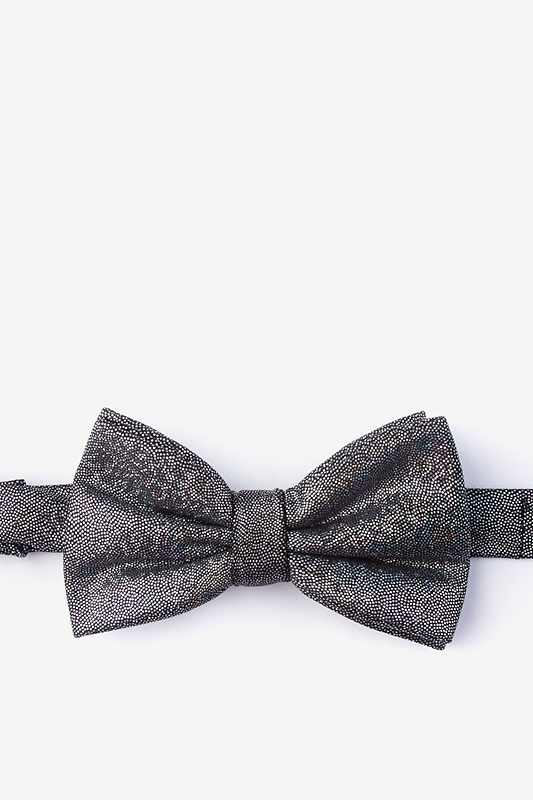 Hurricane Black Pre-Tied Bow Tie Photo (0)