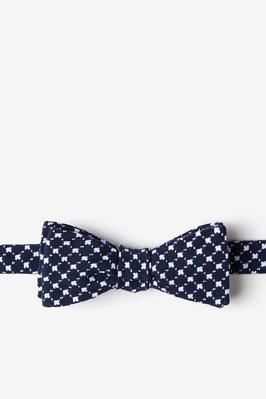 Descanso Navy Blue Skinny Bow Tie Photo (0)