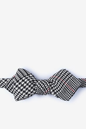 Rock Red Diamond Tip Bow Tie