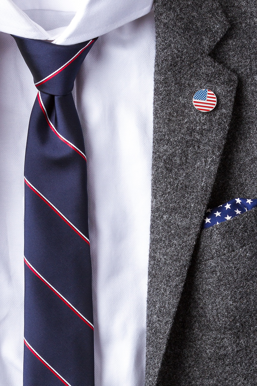 American Flag Red Lapel Pin Photo (1)