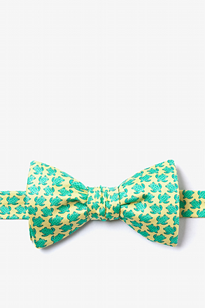 _Micro Sea Turtles Yellow Self-Tie Bow Tie_